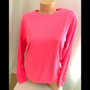 NWT VS LONG SLEEVE T-SHIRT SIZE S COLOR PINK.